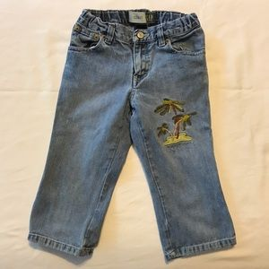 GAP Capri size 6 jeans with embroidering